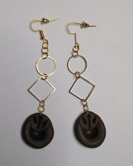 Textured brown and golden earrings